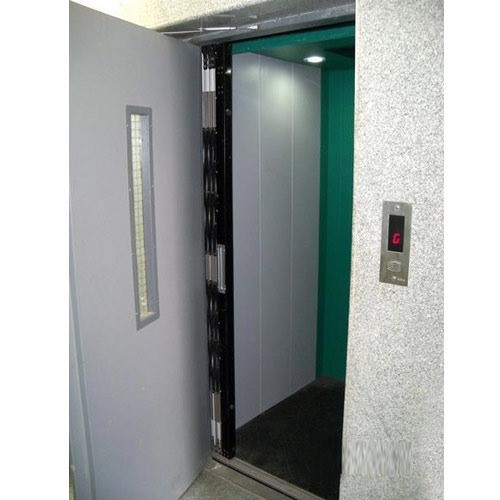 درب نیمه اتوماتیک آسانسور
